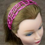 Wide, square-mesh headband made with thin ribbon